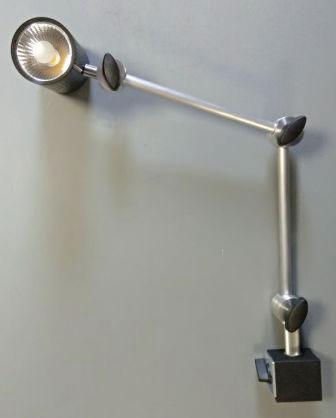 Фото № 6 V - Светодиодный светильник «VOLT-10» на штативе - для системы подачи СОЖ с доставкой по России от LocLine.spb.ru