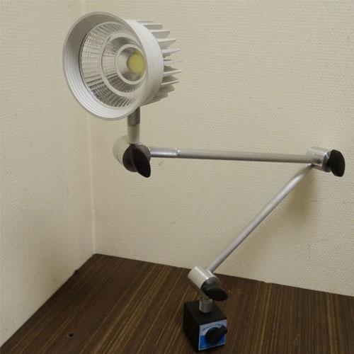 Фото № 3 335 - Светодиодный станочный светильник AL350 - для системы подачи СОЖ с доставкой по России от LocLine.spb.ru