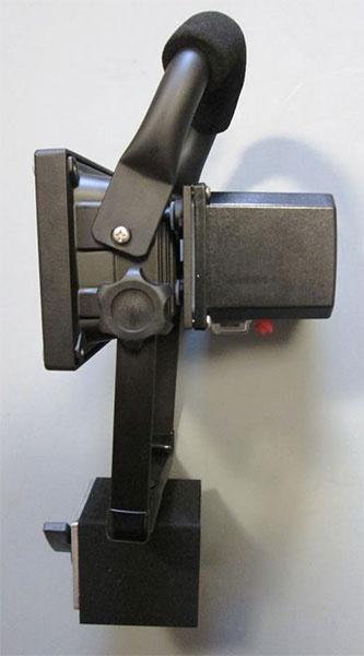 Фото № 2 FL - Светодиодный станочный аккумуляторный прожектор «FLY-10» - для системы подачи СОЖ с доставкой по России от LocLine.spb.ru