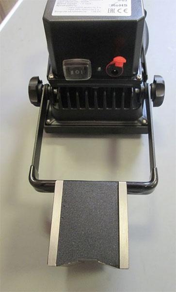 Фото № 3 FL - Светодиодный станочный аккумуляторный прожектор «FLY-10» - для системы подачи СОЖ с доставкой по России от LocLine.spb.ru
